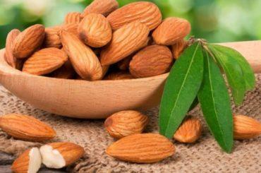 Her gün 4 Badem Yememenin Sağlığınıza Yararları